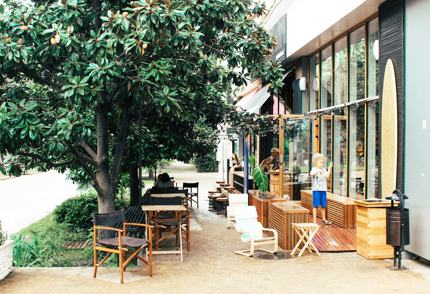 outdoor coffee shop
